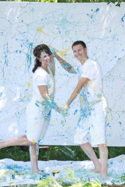 Of The Most Awkward Engagement Photos Ever Taken - 35 awkward engagement photos ever