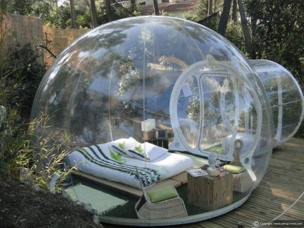 Outdoor%20Bubble%20Bedroom