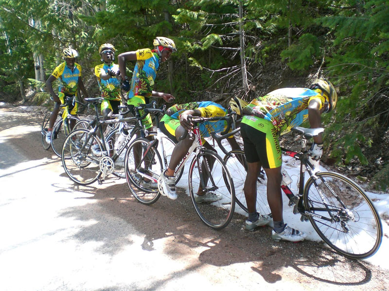 team-rwanda-bicycle-team-sees-snow-for-first-time