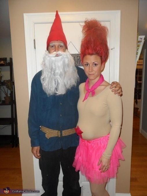 25 Awkward Couples In Silly But Yet Creative Halloween