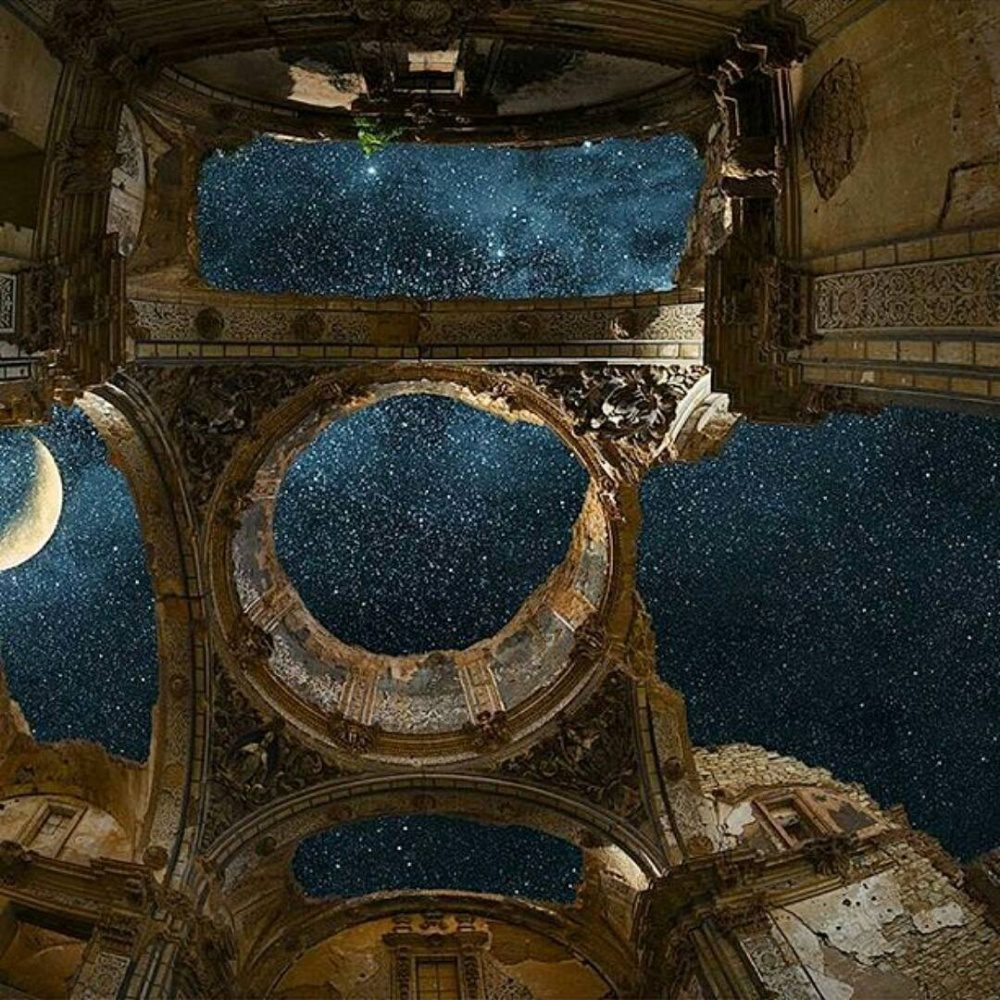 Extraordinary Photographs Of Abandoned Places Where Time