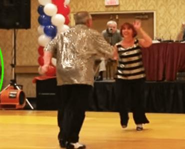 twins surprise dance