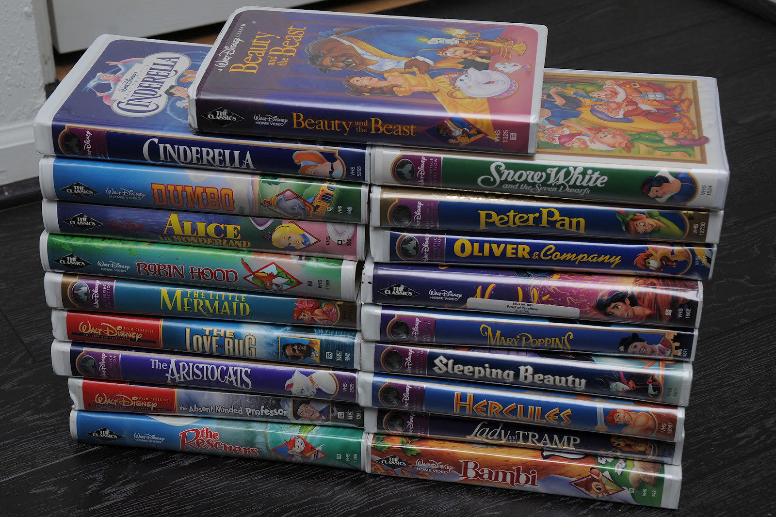don t toss your old disney vhs tapes away they could be worth a fortune. Black Bedroom Furniture Sets. Home Design Ideas