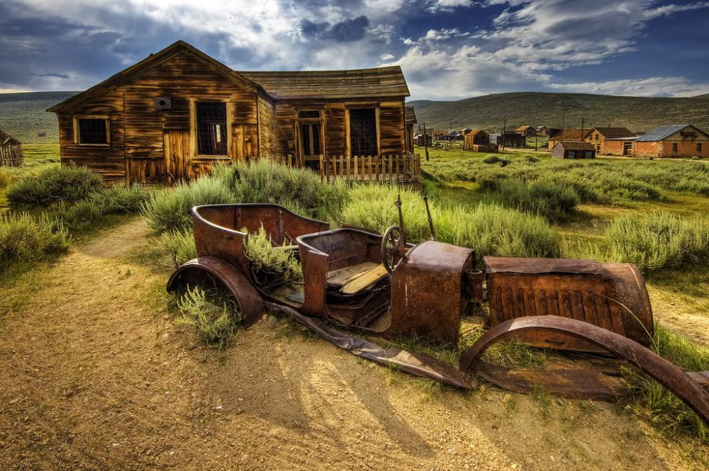 15 Of The Strangest Abandoned Places Around The World