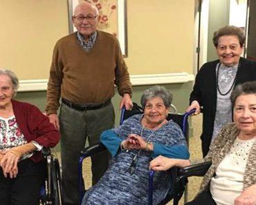 senior citizen siblings live together