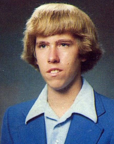 Top 10 most embarrassing celebrity yearbook photos