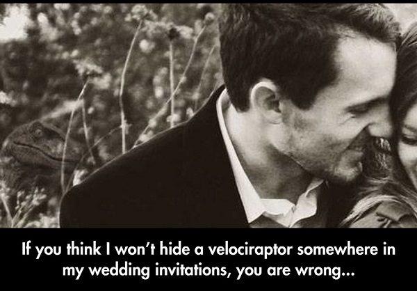 funny-wedding-invitation-couple-velociraptor-hidden