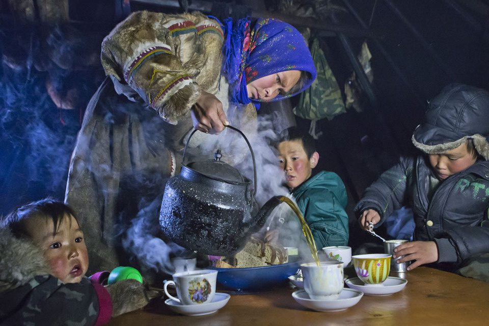 Tea time on the Yamal peninsula.
