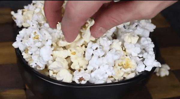 Homemade Microwave Popcorn - NewsLinQ
