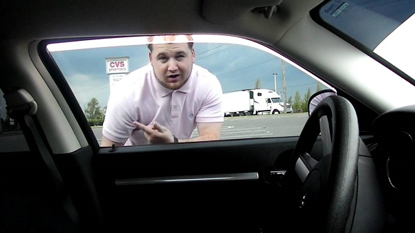 Locked My Keys In My Car >> Man Makes A Huge Mistake When He Gets Locked Out Of His ...