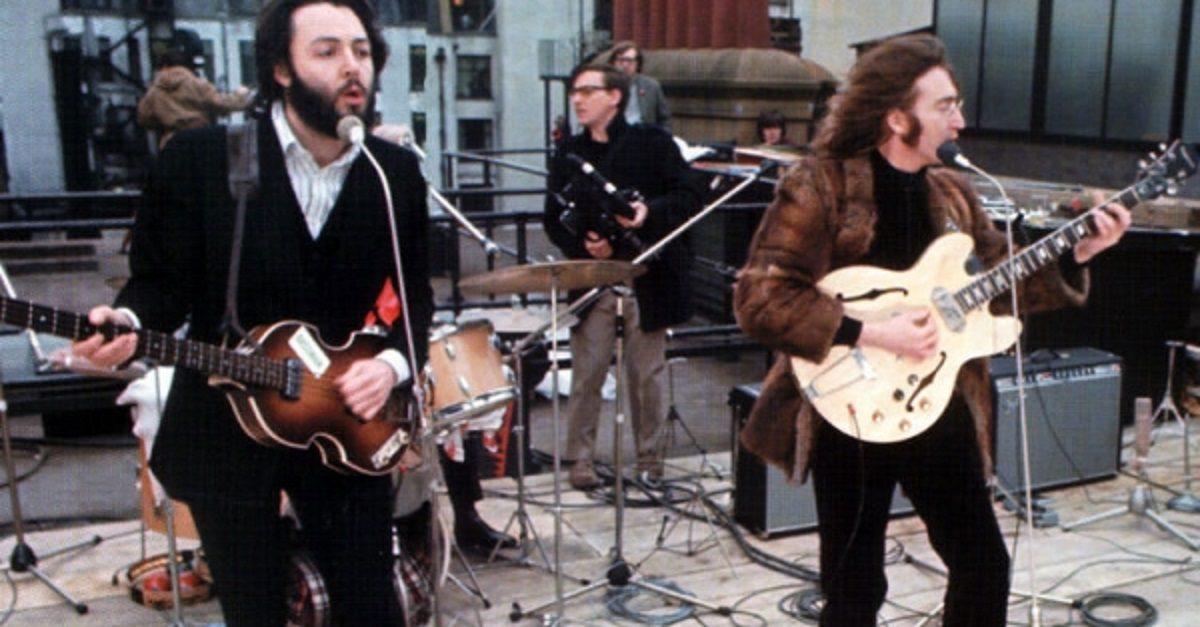 The Beatles - Don't Let Me Down / Revolution